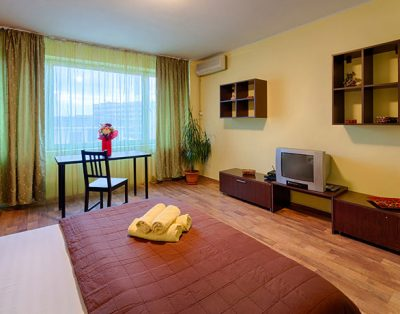 Garsoniera, Ion Campineanu, Novotel Hotel